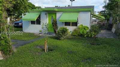 Dania Beach Single Family Home For Sale: 326 SW 16th St
