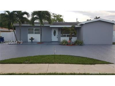 Hallandale Single Family Home For Sale: 629 SW 3rd St