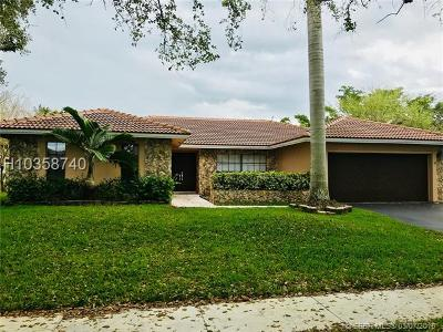 Plantation Single Family Home For Sale: 9860 NW 10th Ct