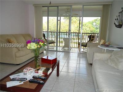 Lauderhill Condo/Townhouse For Sale: 3751 Environ Blvd #239