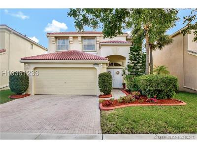 Pembroke Pines Single Family Home Backup Contract-Call LA: 375 NW 158th Ln