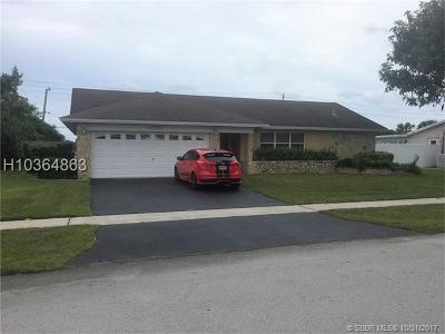 Tamarac Single Family Home For Sale: 8921 NW 80th Dr