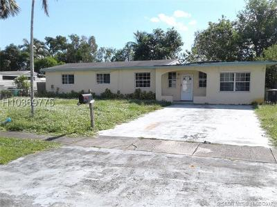 North Miami Single Family Home For Sale: 1540 NW 130th St