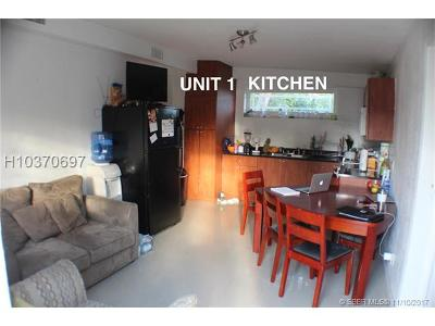 Dania Beach Multi Family Home For Sale: 326 SW 15th St