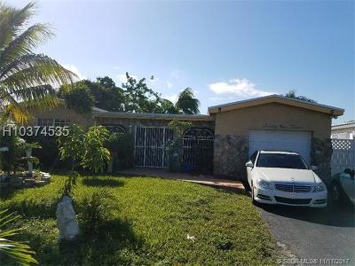 Miramar Single Family Home For Sale: 7912 Granada Blvd