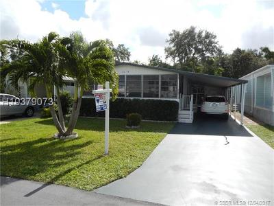 Dania Beach Single Family Home For Sale: 3146 SW 58th Pl