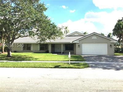 Pembroke Pines Single Family Home For Sale: 461 NW 194th Ave