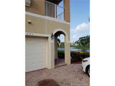Tamarac Condo/Townhouse For Sale: 9051 Plymouth Pl #20203