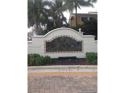 Miramar Condo/Townhouse For Sale: 2080 W Preserve Way #305