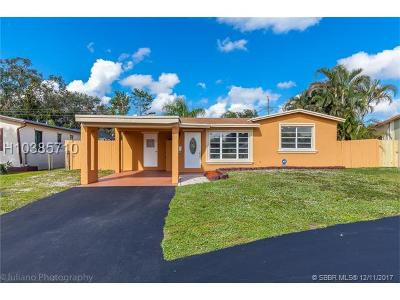 Pembroke Pines Single Family Home For Sale: 6813 SW 10th Court