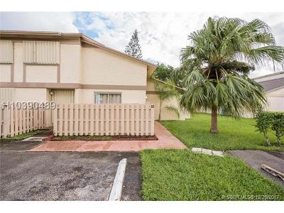 Sunrise Condo/Townhouse For Sale: 10650 NW 30th Pl #10