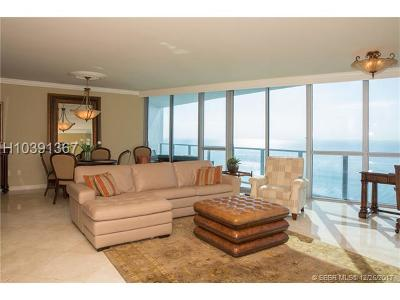 Hollywood Condo/Townhouse For Sale: 3101 S Ocean Dr #2706