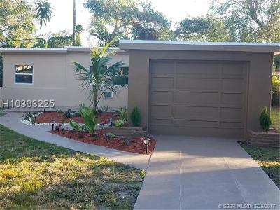 Miramar Single Family Home For Sale: 6100 SW 40 Court