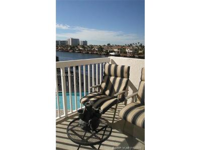 Hollywood Condo/Townhouse For Sale: 1500 S Ocean Dr #4-K