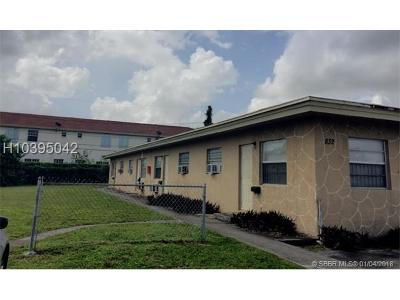 Hallandale Multi Family Home For Sale: 832 NW 10th St