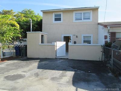 Fort Lauderdale FL Condo/Townhouse For Sale: $139,000