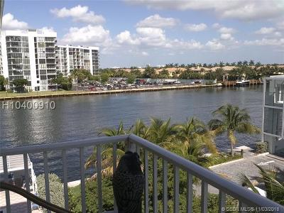 Hollywood Condo/Townhouse For Sale: 2710 S Ocean Dr #406