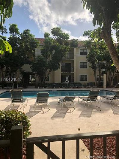 Hollywood Condo/Townhouse For Sale: 560 S Park Rd #15-7