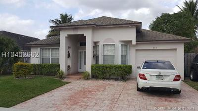 Pembroke Pines Single Family Home For Sale: 9721 SW 16th Ct