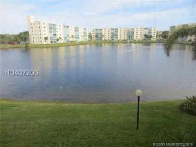 Dania Beach Condo/Townhouse For Sale: 141 SE 3rd Ave #201