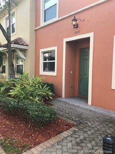 Sunrise Condo/Townhouse For Sale: 12641 NW 32nd Pl #12641