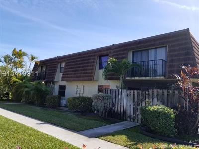 Sunrise Condo/Townhouse For Sale: 4848 NW 95th Ave