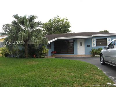 Miramar Single Family Home For Sale: 7804 Panama St