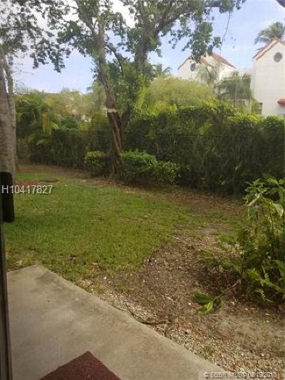 Dania Beach Condo/Townhouse For Sale: 649 E Sheridan St #102