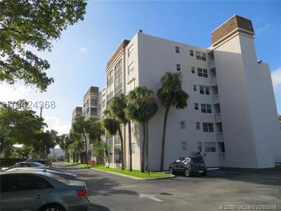 Dania Beach Condo/Townhouse For Sale: 501 E Dania Beach Blvd #5-5H