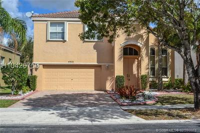 Miramar Single Family Home For Sale: 4975 SW 164th Ave