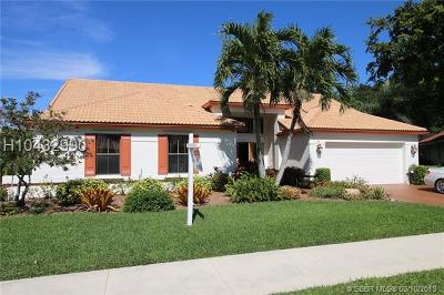 Davie Single Family Home For Sale: 3071 Perriwinkle Circle