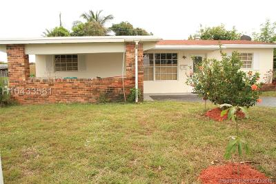 Sunrise Single Family Home For Sale: 5820 NW 14th Ct