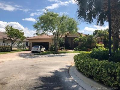 Weston FL Single Family Home For Sale: $680,000