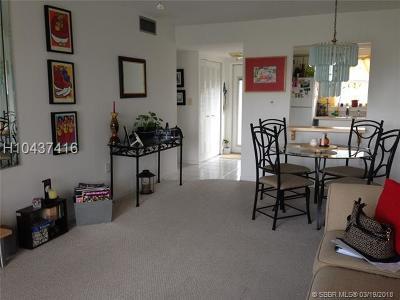 Sunrise Condo/Townhouse Backup Contract-Call LA: 2791 N Pine Island Rd #206
