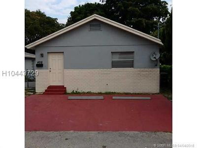 Hallandale Single Family Home For Sale: 410 NW 9th St