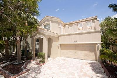 Miramar Single Family Home For Sale: 15709 SW 48th Dr