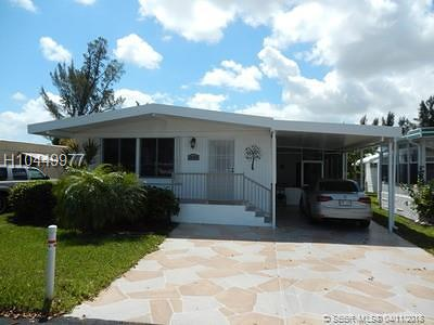 Dania Beach Single Family Home For Sale: 2944 W Marina Dr