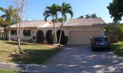 Cooper City Single Family Home For Sale: 8756 SW 51st Court