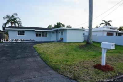 Davie Single Family Home For Sale: 5640 SW 56th St