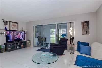 Pembroke Pines Condo/Townhouse For Sale: 801 SW 138th Ave #E112