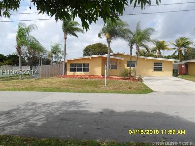Pembroke Pines Single Family Home For Sale: 1310 NW 79th Way