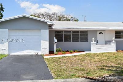 Hollywood Single Family Home For Sale: 5401 Van Buren St