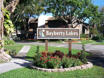 Pembroke Pines Condo/Townhouse For Sale: 2360 Bayberry Drive #2360