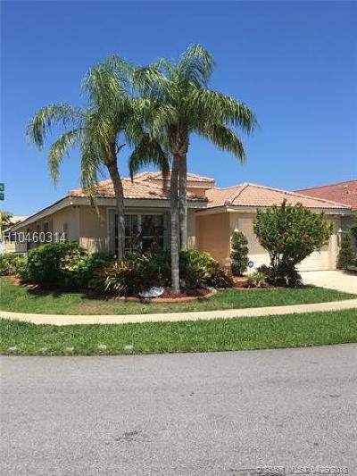 Miramar Single Family Home For Sale: 1942 SW 179th Ave