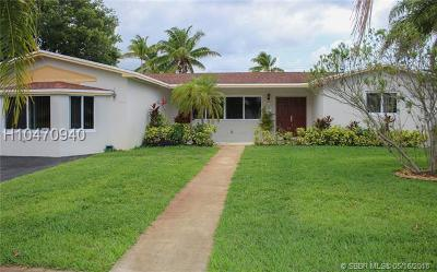 Hollywood Single Family Home For Sale: 5415 Monroe St