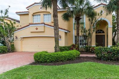 Pembroke Pines Single Family Home For Sale: 15656 SW 16th St
