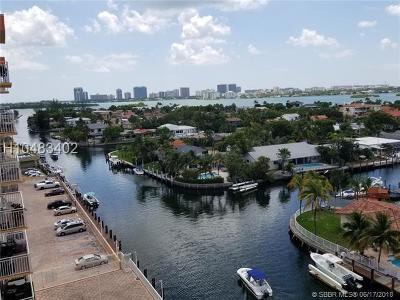 North Miami Condo/Townhouse For Sale: 2450 NE 135th St #909