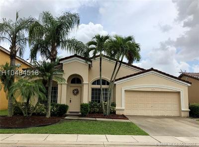 Davie Single Family Home For Sale: 1618 SW 108 Way