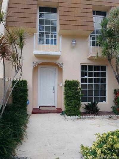 North Miami Single Family Home For Sale: 13510 NE 23rd Ct