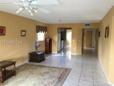 Pembroke Pines Condo/Townhouse For Sale: 1600 SW 127th Way #C312